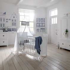 City themed nursery - blue & white