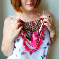 A guest DIY from Curious Fair- looking for something a little different for a festival? Try out their trimming feathers & pom pom necklace!