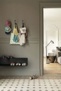 Hallway Decorating 665195807446546199 - Source by barberboekraad Interior Decorating, Interior Design, Hallway Decorating, Modern Spaces, Metal Walls, Kids Furniture, My Dream Home, Interior And Exterior, Sweet Home