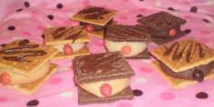 Mammo-graham cookies in honor of breast cancer awareness month! These kind of freak me out lol Graham Cookies, Good Food, Yummy Food, Fun Food, Yummy Recipes, Dessert Recipes, Dessert Ideas, Healthy Desserts, Sweet Recipes