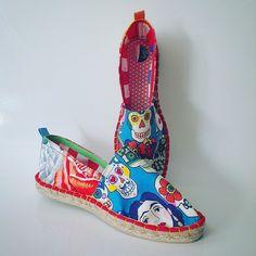Otras que se van a #California ! #Frida #Kahlo #fridakahlo #shoes #alpargata #espadrilles #handmade #colorful #pic #fashion #slowfashion #handmade #エスパドリーユ