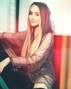 ❤❤ Sabrina ❤❤ Sabrina Carpenter, Girl Meets World, Boy Meets, Female Singers, Beautiful Celebrities, Gorgeous Women, Woman Crush, Pretty People, Girl Crushes