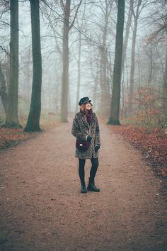 #leopardcoat #leopard #coat #docmartens #drmartens #bordeaux #bag #handbag #burgundy #hats #boots #forest #nature #photography