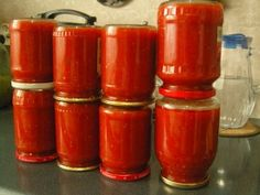 Can wait until planting season! Getting my canning recipes ready! Another canning recipe. Ketchup, Tomato Jam, Pickle Jars, Blue Food, Russian Recipes, Canning Recipes, What To Cook, Hot Sauce Bottles, Gastronomia