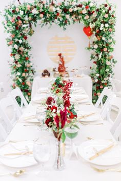 wedding decor // double happiness modern Chinese wedding tablescape wedding design Traditional meets Modern Chinese Wedding in Los Angeles Chinese Wedding Tea Ceremony, Chinese Wedding Decor, Oriental Wedding, Traditional Chinese Wedding, Our Wedding, Traditional Weddings, Wedding Shot, Wedding Ceremonies, Wedding Goals