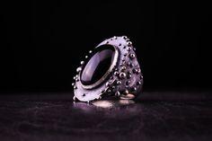 sterling silver ring with onyx Sužadėtuvių žiedas   katesakis.lt