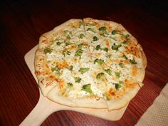 I miss my east coast white broccoli pizza. I'll try this without the provolone.