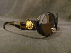 Sand Dollars on Tortoise Shell Sunglasses by savannahjacks on Etsy, $35.00 nautical beach sun sea summer glasses eyewear
