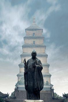 大雁塔 Great Wild Goose Pagoda (architecture of Tang dynasty) & Statue of Xuanzang, Xi'an, China by Vietnam, Buddha, Peking, Chinese Architecture, Chinese Buildings, Kunming, Banners, Chinese Garden, Chongqing