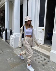 streetwear fashion Culturfitsfemale on In - fashion Summer Outfits For Teens, Casual Summer Outfits, Trendy Outfits, Winter Outfits, Cute Outfits, Indie Outfits, Winter Dresses, Casual Dresses, Summer Dresses