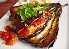 Baked eggplants- Gebackene Auberginen Baked aubergines (recipe with picture) by Egg Recipes, Mexican Food Recipes, Baking Recipes, Great Recipes, Healthy Recipes, Ethnic Recipes, Baked Eggs In Shell, Aubergine Recipe, Eggs Low Carb