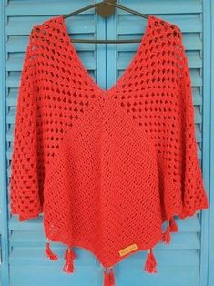 Poncho BOHO Crochet Granny, Crochet Ponchos, Crochet Cardigan, Crochet Shawl, Diy Crochet, Crochet Clothes, Crochet Summer Tops, Crochet Fashion, Beautiful Crochet