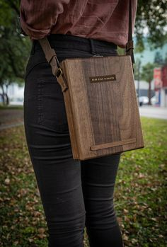 Wooden Projects, Wooden Crafts, Leather Projects, Wooden Bag, Wood Boxes, Travelers Notebook, Moleskine, Briefcase, Leather Working