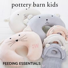 Make the time you dedicate to baby feeding relaxing and nourishing for everyone. With these simple items, it's easy to create space in your home that lets you and your baby fall in love with feeding time.