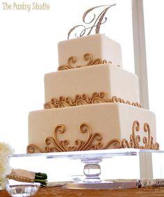26 Amazingly Unique Wedding Cakes We Love - MODwedding