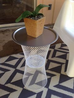 diy home decor dollar store Easy as I needed a patio table that was cute, small and cheap and could withstand the elements. Went to the dollar store and purchased two white Dollar Tree Decor, Dollar Tree Crafts, Dollar Tree Baskets, Dollar Tree Centerpieces, Easy Home Decor, Cheap Home Decor, Patio Diy, Patio Ideas, Diy Patio Tables