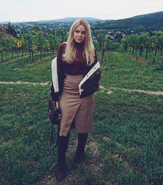RAPHAELA (@curlyblondeela) • Instagram-Fotos und -Videos The 4, My Style, Videos, Instagram Posts, Pictures