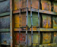 Box car in Seattle by photographer chris Jordan .love the colours. Chris Jordan, Photography Gallery, Macro Photography, Decay Art, Rust Never Sleeps, Weathered Paint, Photo Pattern, Peeling Paint, Rustic Colors
