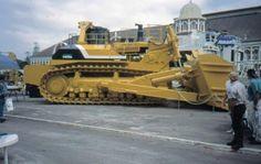 from Komatsu by W Tyus Heavy Construction Equipment, Heavy Equipment, Construction Machines, Bucyrus Erie, Big Tractors, Tonka Toys, Mining Equipment, Work Site, Heavy Machinery