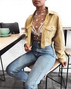 "3,340 Likes, 37 Comments - Talia (@taliacupcake) on Instagram: ""In absolute love with the ""Cool Girl Crop Jacket"" via @2020AVE #2020AVE ✨"""