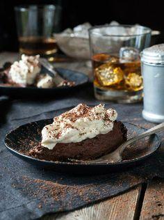 Gluten-Free-Chocolate-Whiskey-Cream-Pie.