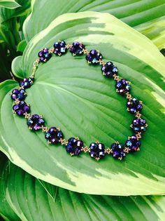 Crystal Statement Necklace, Bold Necklace, Diy Necklace, Necklace Designs, Statement Jewelry, Bead Jewellery, Beaded Jewelry, Beaded Bracelets, Vintage Inspiriert