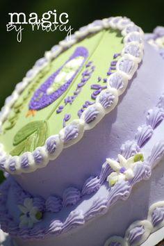 Cutest birdy cake