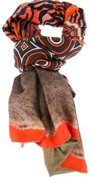 Pierre-Louis Mascia  scarf