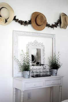 Hanging Hats Design Ideas, Pictures, Remodel, and Decor - page 2 Purse Display, Hanging Hats, Empty Frames, Seaside Style, Small Mirrors, Rustic White, White Barn, Vintage Interiors, Home Decor Furniture