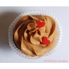 Cupcake de chocolate con frosting de dulce de leche