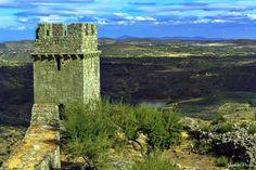 Castelo Medieval de Numão, Vila Nova de Foz Coa, Douro Superior, Portugal