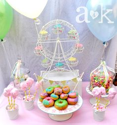 What a great tablescape at a carnival party! See more party ideas at CatchMyParty.com!  #partyideas #carnival