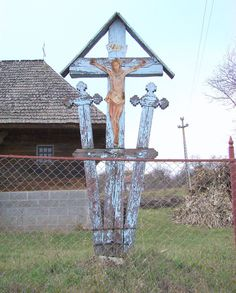 Wooden Crosses, Easter Crafts, Romania, Wind Chimes, Artisan, Outdoor Decor, Home Decor, Ideas, Santa Cruz