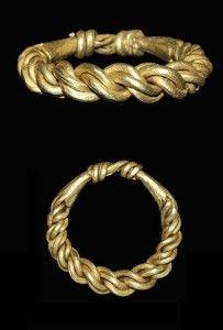 Viking plaited gold ring