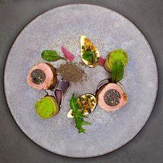 Filet mignon de veau/Truffe noire/Royale de moëlle de boeuf/Pommes boulangères by Stephan Lukaszyk & Benjamin Luzuy