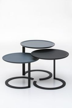 Metal Furniture, Modern Furniture, Furniture Design, C Table, Center Table, Living Room Rocking Chairs, Coffee And End Tables, Iron Decor, Diy Home Decor