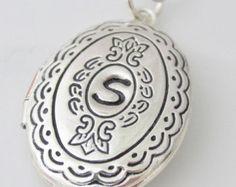 Silber Medaillon Halskette personalisierte von PinkingEdgeDesigns