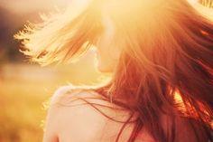 mood-girl-hair-motion-face-sun-rays-back-nature-background-wallpaper-widescreen-fullscreen-widescreen-HD-wallpapers
