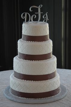 Quilted Wedding cake (but only the sides...the tops are plain)