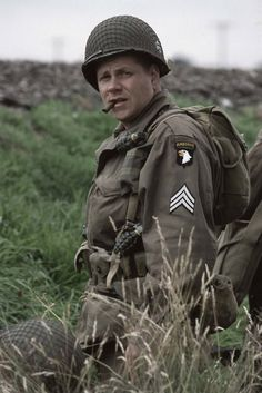 Bull Randleman played by Michael Cudlitz. Band of Brothers and Southland. Brothers Movie, Band Of Brothers Characters, Movie Characters, War Film, American Soldiers, American Veterans, Film Stills, Vietnam War, World War Two