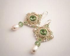Silver beadwork earrings with Swarovski by AllushkaSoutache Diy Jewelry, Jewlery, Handmade Jewelry, Jewelry Design, Jewelry Making, Unique Jewelry, Seed Bead Earrings, Beaded Earrings, Drop Earrings