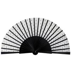 Black plumetis hand-fan by Duvelleroy, simply chic. 75€ on www.duvelleroy.fr