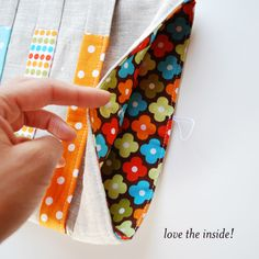 ipad and kindle sleeve sewing tutorial... I LOVE the fun fabric on the inside!
