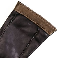 Black and Taupe Musketeer Leather Gloves - Detail