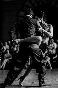 Argentine Show Tango. Photo by Danilo Ciscardi Got to learn how to Tango