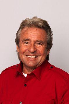 Davy Jones - Biography - Singer, Television Actor - Biography.com