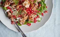 insalata di pollo, rucola e melograno