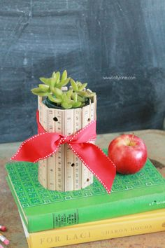 Make a quick ruler vase for that special teacher in your life | full DIY on LollyJane.com