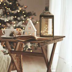 #homedecor #inspiration #interiordesign #decor #decoration #christmas #christmasdecor #christmastree Entryway Tables, Led, Metal, Inspiration, Home Decor, Furniture, Instagram, Biblical Inspiration, Decoration Home