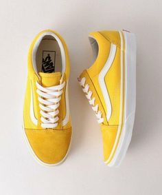 Vans Classics Old Skool Yellow Sneaker Vans Classics Old Skool Yellow Sneaker Ariane arianerhoesewebde Gelb &; hell und warm Vans Classics Old Skool Yellow Sneaker from […] aesthetic yellow shoes wedges Sock Shoes, Cute Shoes, Women's Shoes, Me Too Shoes, Vans Old Skool, Old School Vans, Tenis Vans, Adidas Shoes, Nike Sneakers